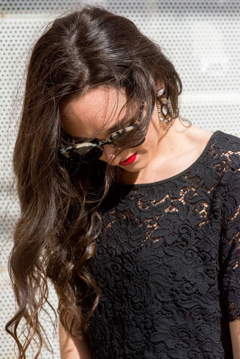 The Village Vogue - Club Monaco Lace Crop Top