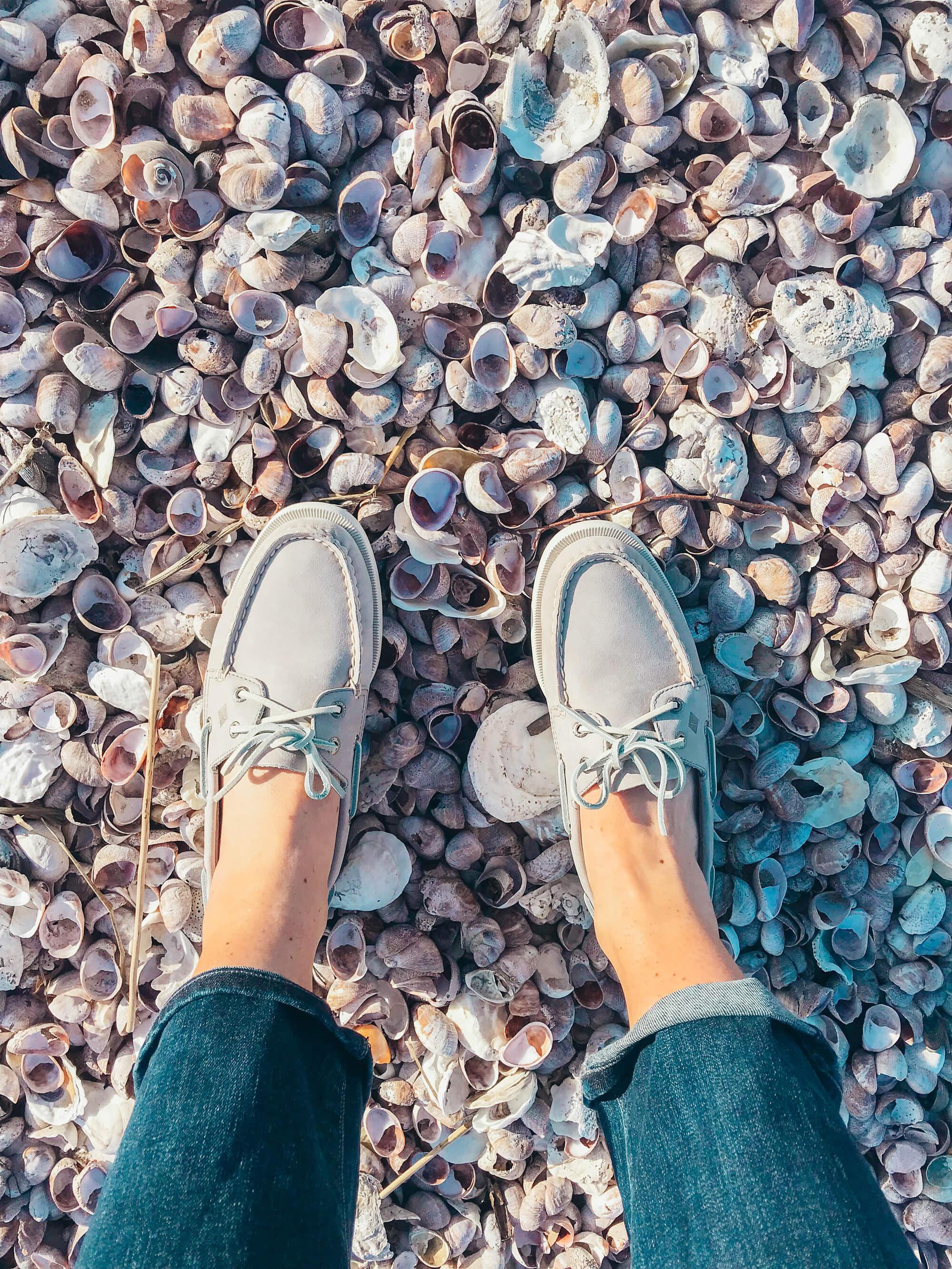 Diving Into Spring With Sperry | elizahiggins.com
